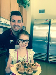 Father-Daughter Duo Bakes up a Storm at DHK!